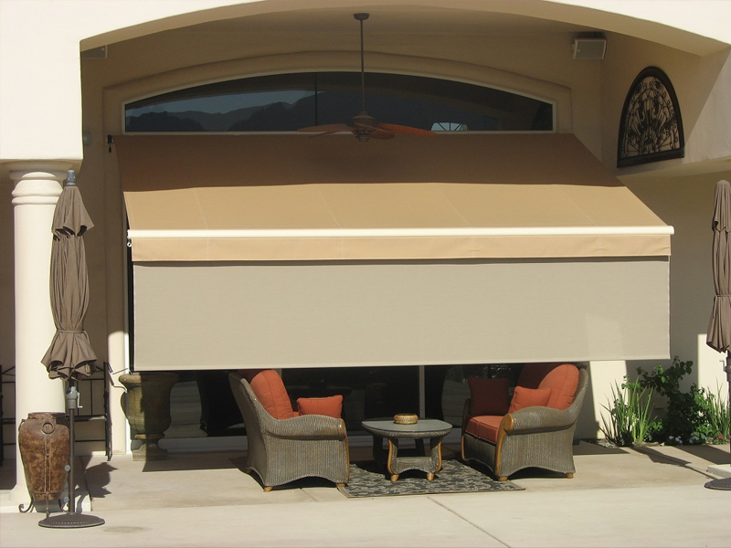 A Retractable Patio Awning Extends Your Living Area At Fraction Of The Cost Permanent Addition And It Doesnt Darken Home All Time
